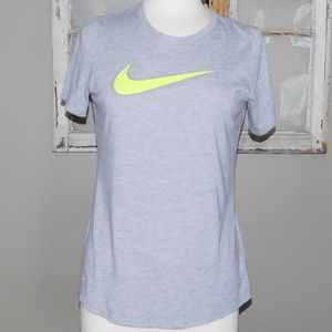 Nike Athletic Cut Dri Fit Tee/ Size Large